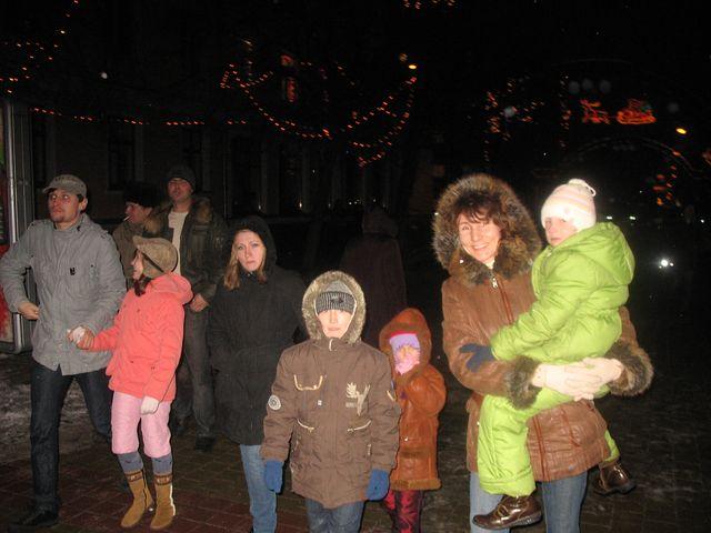 Первые мгновения Нового Года - дискотека на площади Ленина