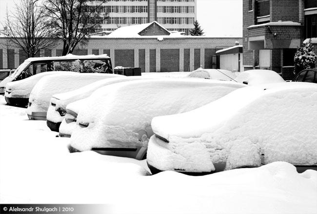 Еще несколько фото со снежных улиц