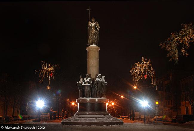 Ночной Брест (фото)