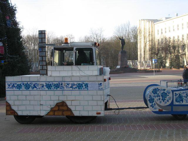 Площадь Ленина - готовность номер 1 (фото)