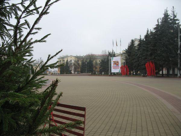 Город готовится к Новому году. Фотообзор некоторых мест празднования.