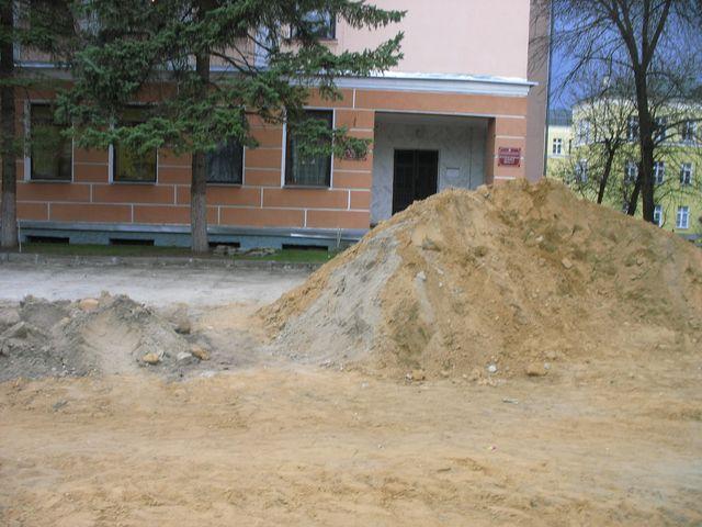 Сквер Иконникова - работа кипит... (актуальные фото)