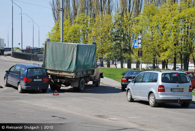 Авария на ул. Орджоникидзе (фото)