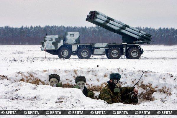 """Удары системами залпового огня """"Смерч"""" отработаны в ходе учений 336-й реактивной артиллерийской бригады"""