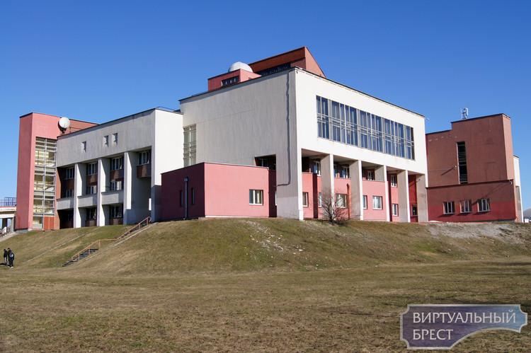 Центр молодёжного творчества - виртуальная экскурсия окрестностей