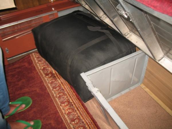 В поезде «Варшава – Москва» обнаружили контрабандный трикотаж