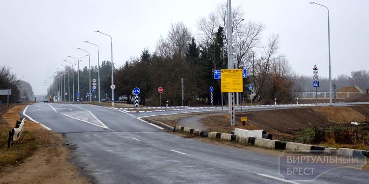 С 15 апреля 2015 года переход Песчатка - Половцы становится международным