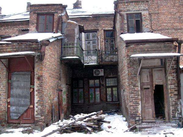 Почему скрывают инвестиционный договор на строительство 6-этажной гостиницы на месте старинных зданий по ул. Советской?