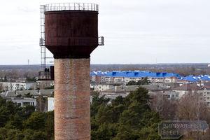 В Бресте взорвали старую водонапорную башню