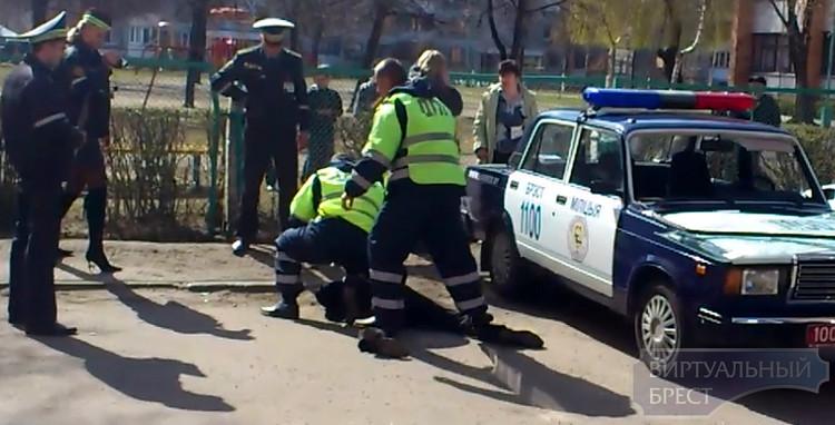 В Бресте пьяный водитель оказал сопротивление сотрудникам ГАИ