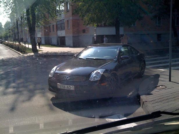 Герой парковки-2: новые «приключения» «Инфинити»