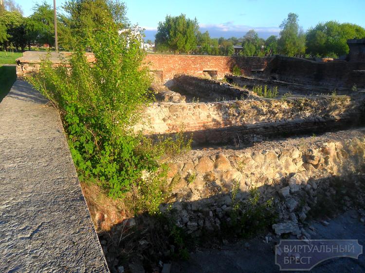 Разруха в Брестской крепости
