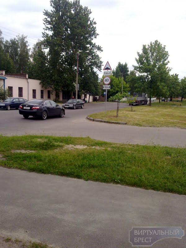Новые искусственные неровности появились на ул. Красногвардейской