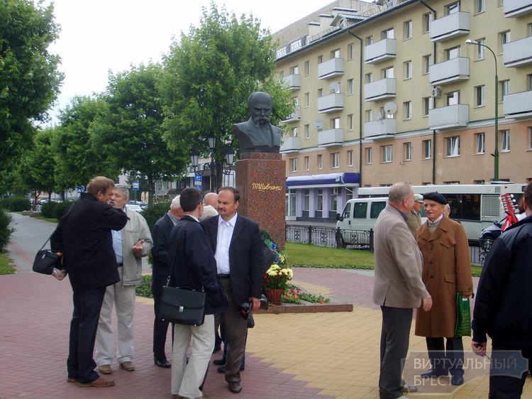 День Конституции Украины отпраздновали и в Бресте