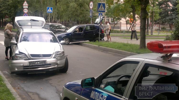 Авария на перекрёстке ул. Карбышева и ул. Будённого