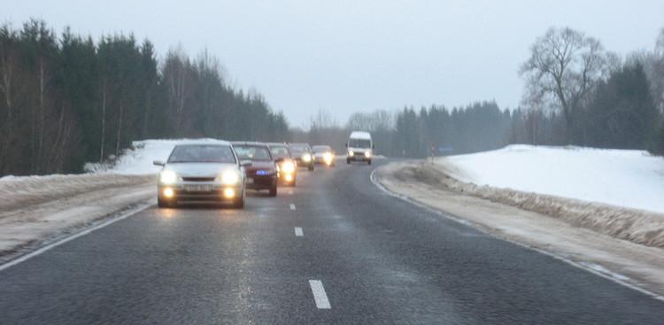 Благотворительную поездку с новогодним поздравлением организовали автомобилисты LAGUNA-CLUB