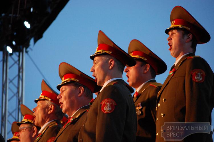 """На вечере """"Споемте, друзья..."""" исполнят песни военных лет"""