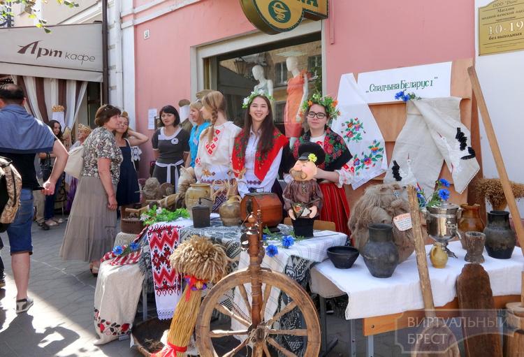 Пленэр гончаров соберет в Столинском районе мастеров из шести стран