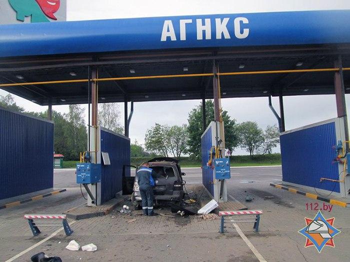 Взрыв автомобиля на заправке в Барановичах мог произойти из-за сквозной коррозии газового баллона