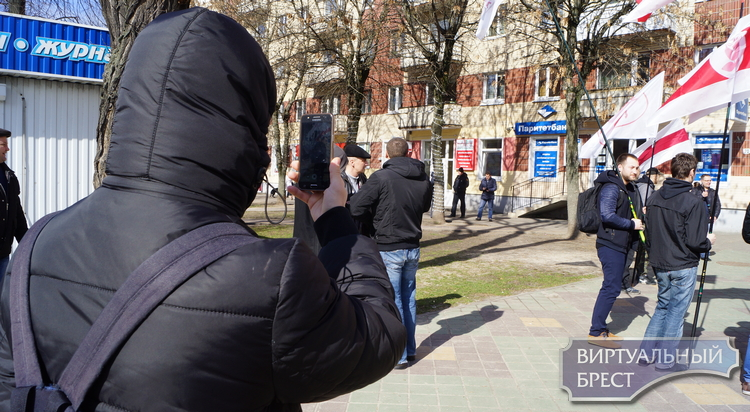 Открытое обращение к органам власти, общественности (протест в связи с волной репрессий)