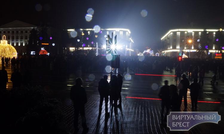 В УВД рассказали, как будем встречать Новый год на улицах: что можно, а что нельзя