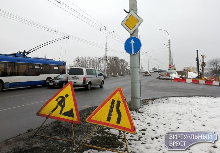 Поворот с Сикорского на Московскую налево закрывают
