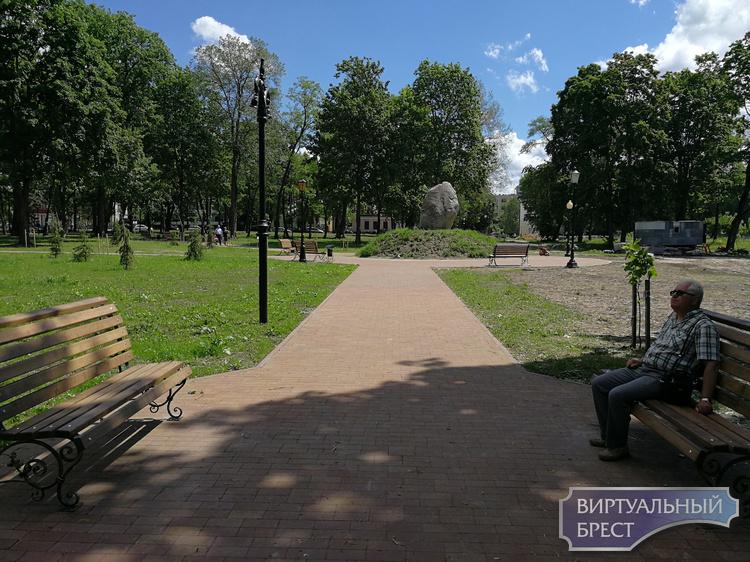 Реконструкцию городского сада в Бресте завершат к 28 июля