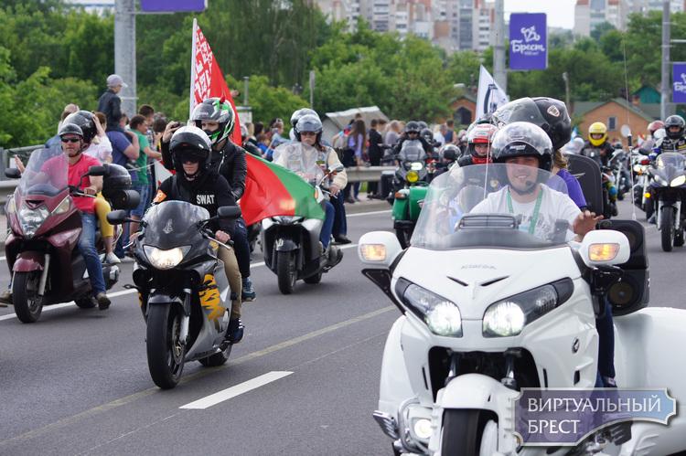 Знаменитый Брестский международный мотофестиваль в этом году не состоится. Пандемия