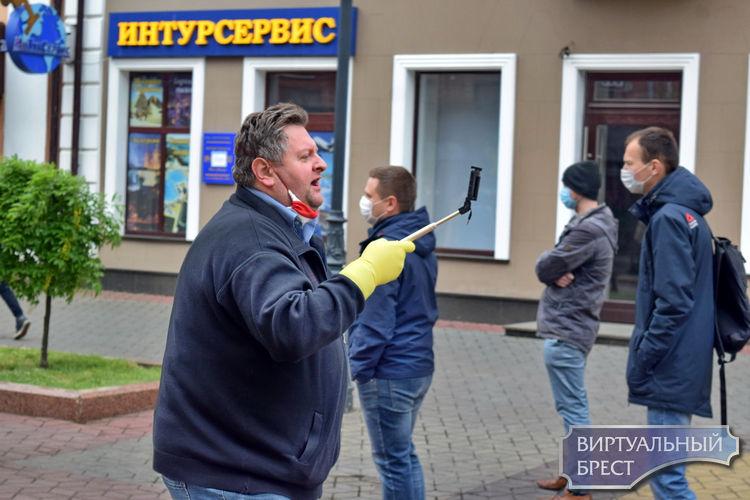 Пикеты в Бресте не обошлись без задержаний. Что известно
