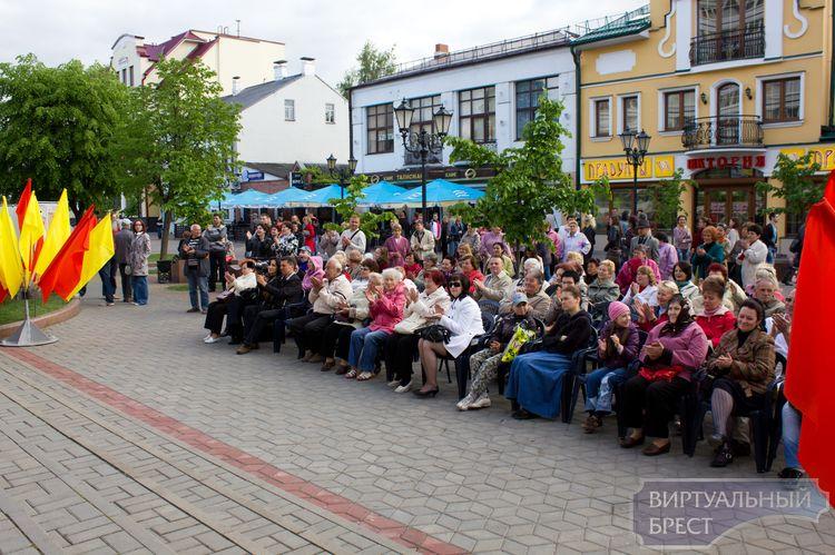 На Советской прошла выставка Брестского областного краеведческого музея